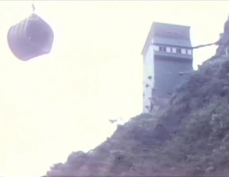 wu003